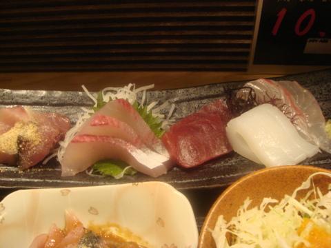 博多 魚がし 刺身アップ