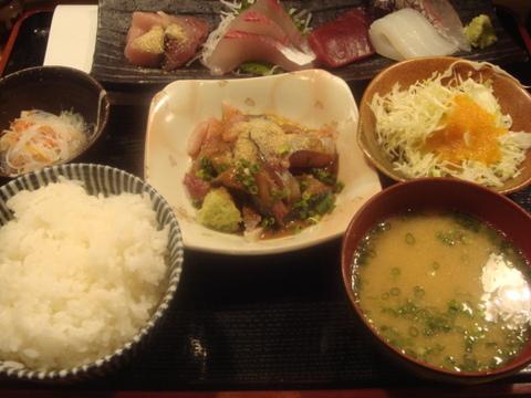 博多 魚がし 刺身定食+ゴマ鯖