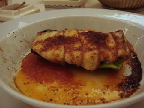 クッチーナ・ヒラタ 万願寺唐辛子と茄子 燻製チーズ焼き