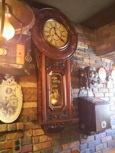 バチェラー 柱時計
