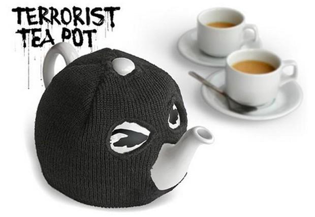 terror_teapot_cozy