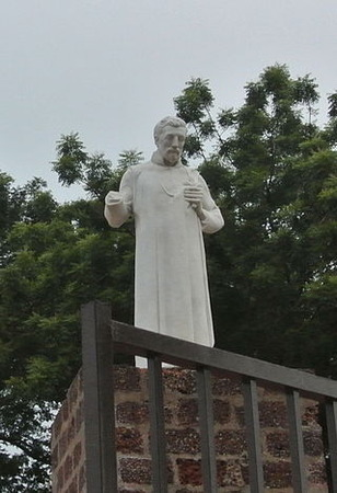Statue_of_Xavier_at_Melaca