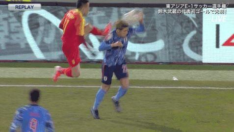 【悲報】サッカー中国代表のラフプレー、やばすぎる