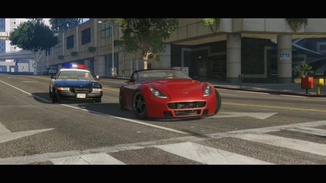 gta-5-trailer-1-cops-chasing-a-red-car