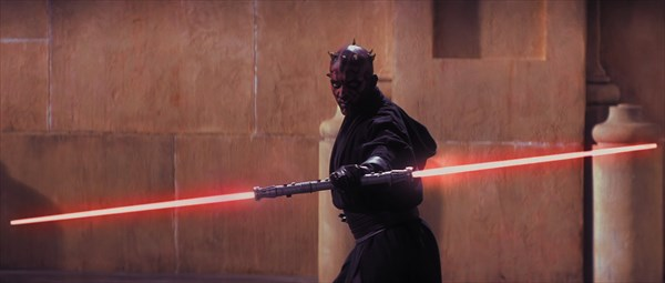 Darth_Maul_lightsaber_reveal_R