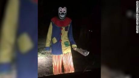 161010163010-creepy-clown-large-169