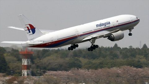 AP_file_Malaysia_Airlines_777_bc_140508_16x9_992