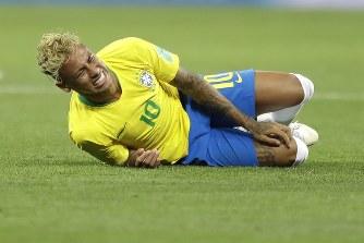 ネイマール「サッカーやったことない人にファウルの痛みわからないよね」