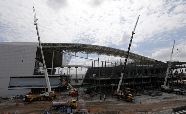 sao-paulo-world-cup-stadium-unfinished-1