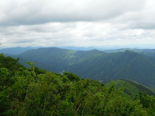 9285西濃の山