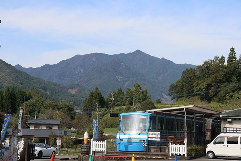 IMG_9871トンネルの駅s