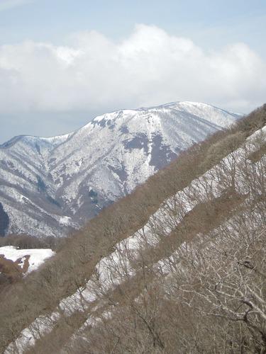 8485御池岳2
