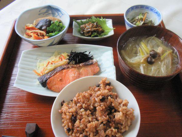 鮭の塩麹と甘酒の西京風味