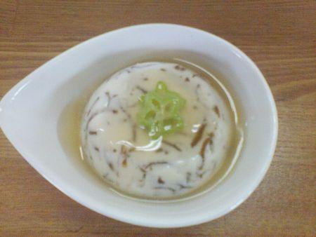 モズク豆腐