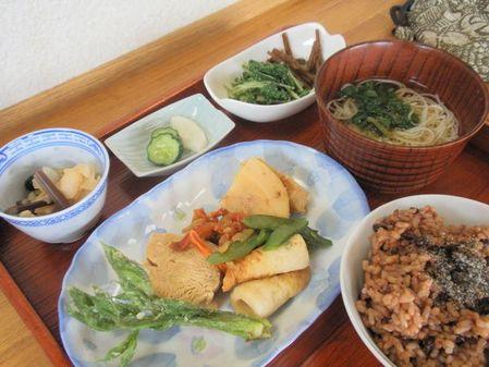 凍り豆腐煮物5月