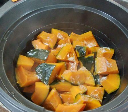 かぼちゃの塩麹蒸し煮