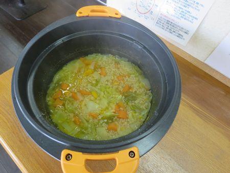 玄米スープ重ね煮