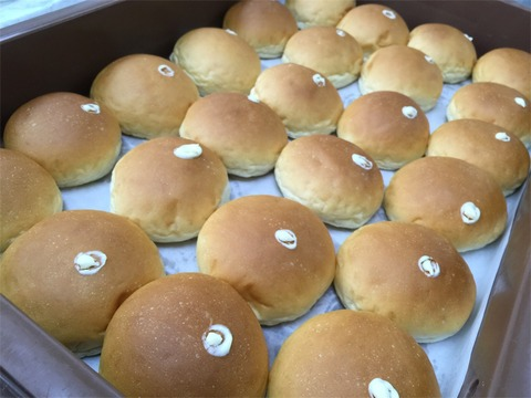 クリームパン ぐるぐる 製造3