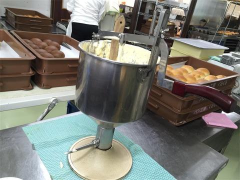 クリームパン ぐるぐる 製造4