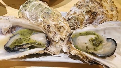 かつを:⑦蒸し牡蠣380円バジル2個171208