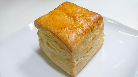 KALDI:①バターミルクビスケット216円180420