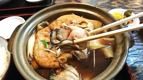 やぶ:⑨牡蠣を箸で摘まんで191216