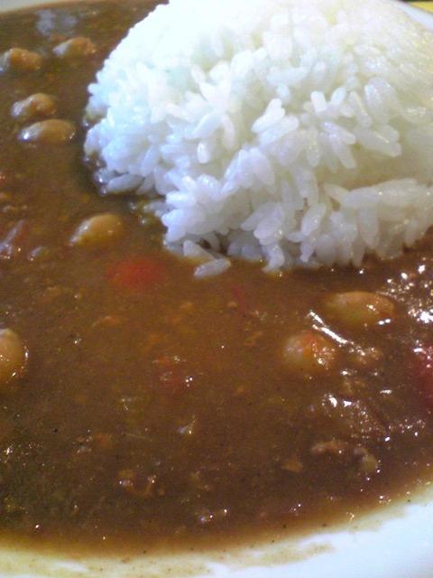 カフェこぐま:④ひよこ豆のカレー800拡大100905