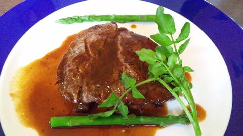 フォンターナ:①お花見コース3500円メイン肉全130323