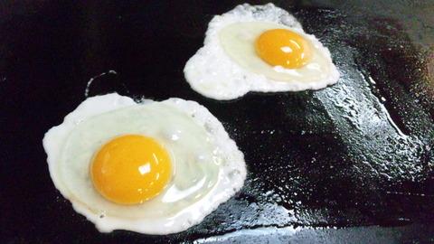ざいご:⑧生卵で目玉焼き焼く131123