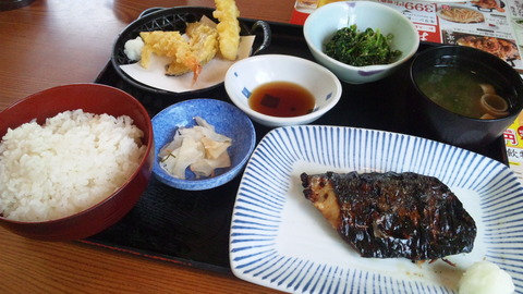 夢庵:①週替わり焼魚ランチ899全景150911