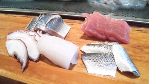 常寿司:②お任せ2人12000円刺身110501
