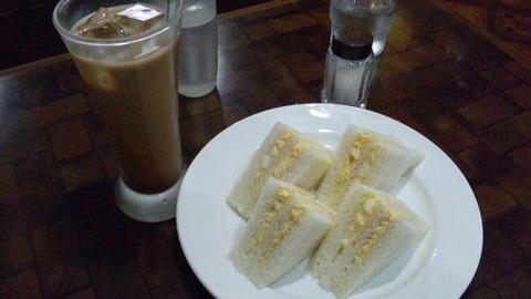喫茶ニューライト:①モーニング玉子サンドセット700全120506