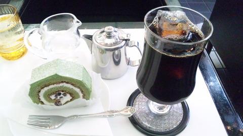カリブ:①ロールケーキセット850アイスコーヒー50全130120