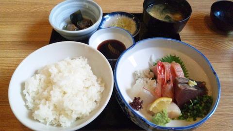 魚昇:①刺身定食852円全景140803