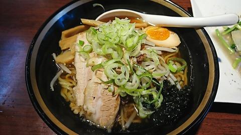 青山餃子房:①醤油ラーメン480円181005