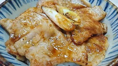 昇龍:⑨豚焼肉丼680円拡大190905