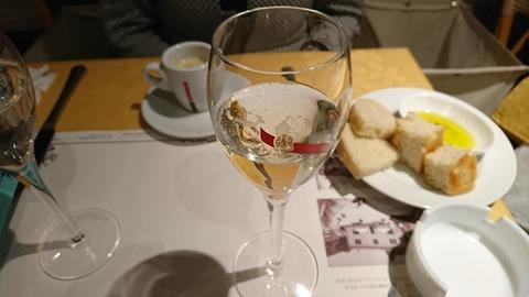 ソリッソ:②サーヒビスのシャンパン171223