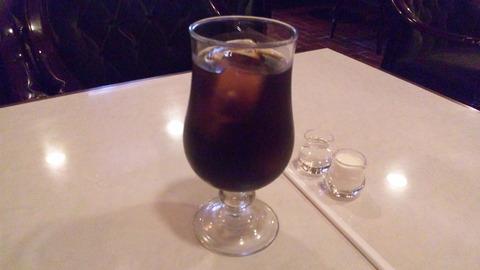 サンパウロ:②アイスコーヒー500円全景120826