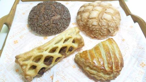 おいしいメロンパン:①パン4種全景151114