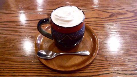 コットンフィールド:①ウィンナーコーヒー500円全景111014