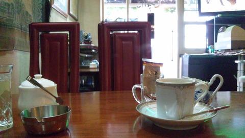 こきりこ:①ホットコーヒー450円遠景120115