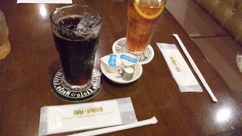 マエダコーヒー本店:①アイスコーヒー400全景120801