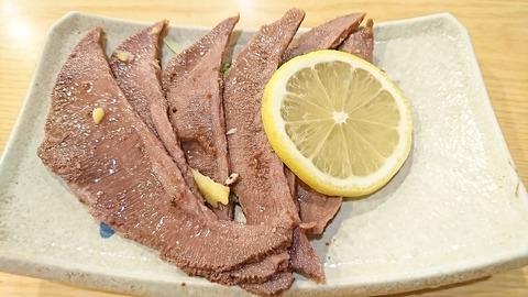 えんぱち:⑮牛タン塩蒸し450円171202