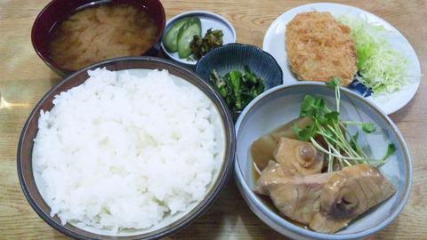 常盤仙食堂:①日替リ定食コロッケ全景160208