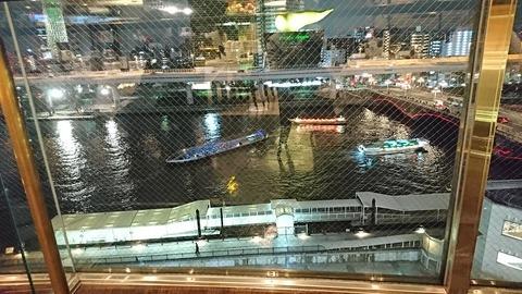 バンキーナ:店④隅田川を行き交う船191221