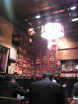 祈願堂:店�堀火燵テーブル席の室礼�090126.jpg