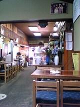 大和家:店内�最奥のテーブル席より入口方向06-06-10_11-56.jpg