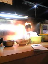 料理茶屋八重寿:店�厨房090425.jpg