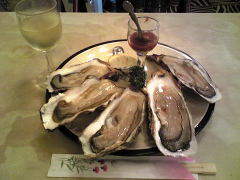 グリルさんばん:�白ワイン350生牡蠣1000全091201
