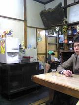 翁そば:店�厨房出入口付近090314.jpg
